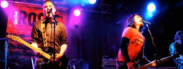 Terho livenä On The Rocksissa 18.6.2009